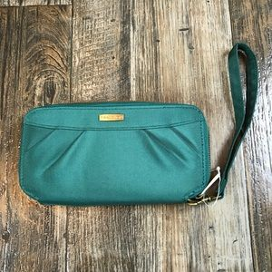 Travelon Green Pleated Zip Around Clutch Wallet